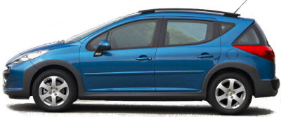 La Peugeot 207 SW Outdoor est la version loisirs de la Peugeot 207 SW. Surfant sur un esprit SUV tr�s en vogue, elle ajoute � la Peugeot 207 SW des renforts de bouclier avant et arri�re en plastique. Le to�t en verre panoramique est conserv�.